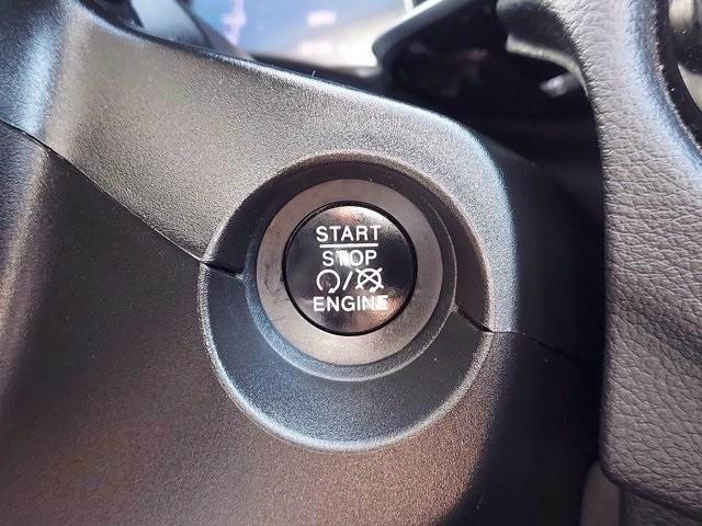 Jeep Compass 2018 price $30,900
