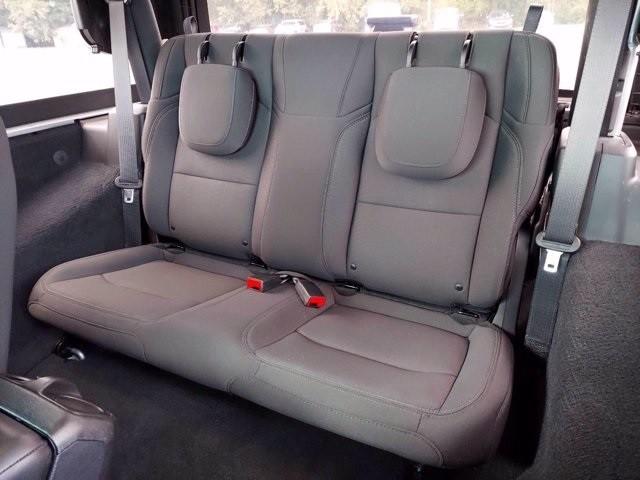 Jeep Wrangler 2019 price $40,700