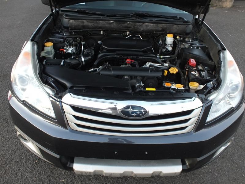 Subaru Outback 2012 price $8,995