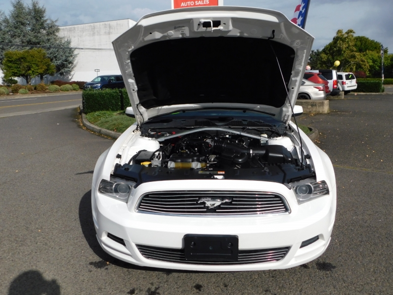 Ford Mustang 2013 price $9,995