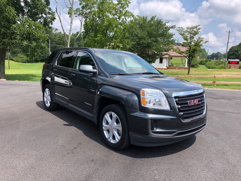 GMC TERRAIN 2017 price $17,495