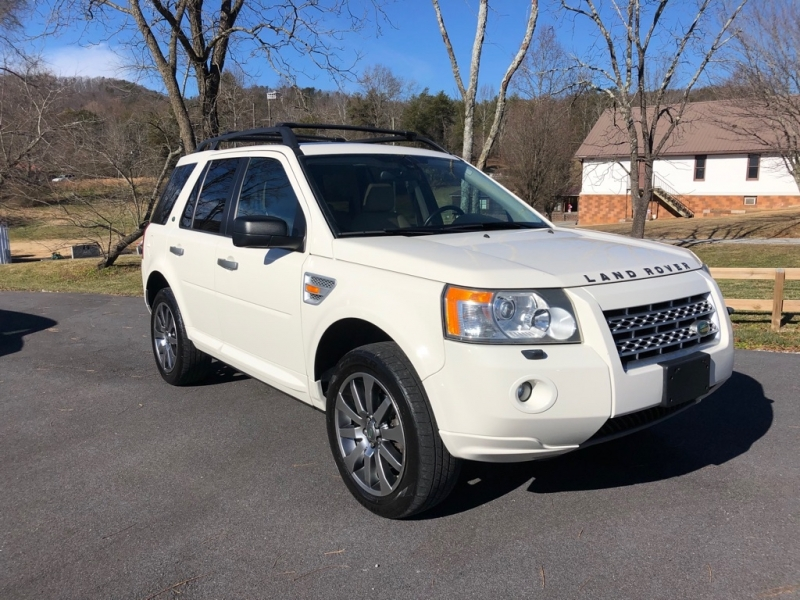 LAND ROVER LR2 HSE 2008 price Call for Pricing.