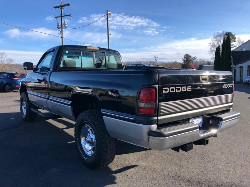DODGE RAM 1500 1994 price $9,495