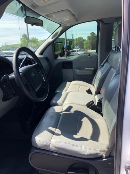 FORD F150 XL 2006 price $7,995