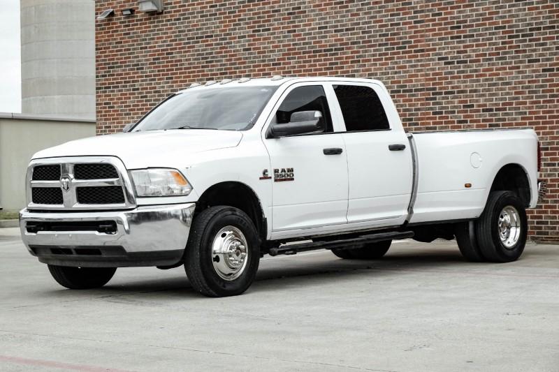 Dodge Ram 3500 2015 price $35,995