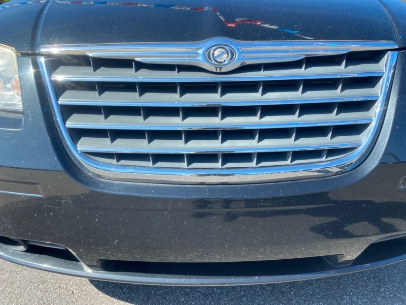 CHRYSLER TOWN & COUNTRY 2010 price $4,458