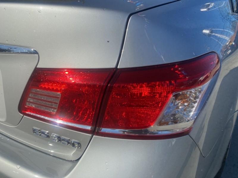 LEXUS ES 2011 price $13,995