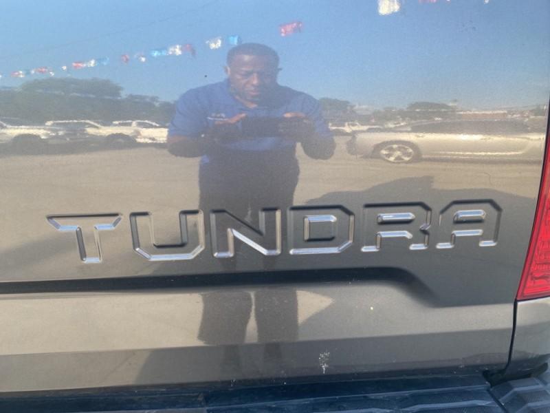TOYOTA TUNDRA 2014 price $30,500