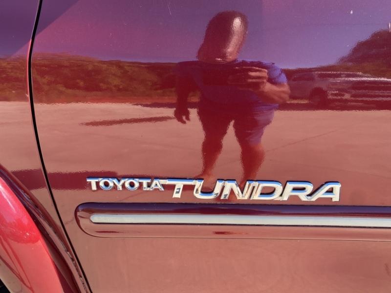 TOYOTA TUNDRA 2005 price $13,985