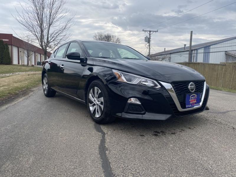 Nissan Altima 2019 price $16,500