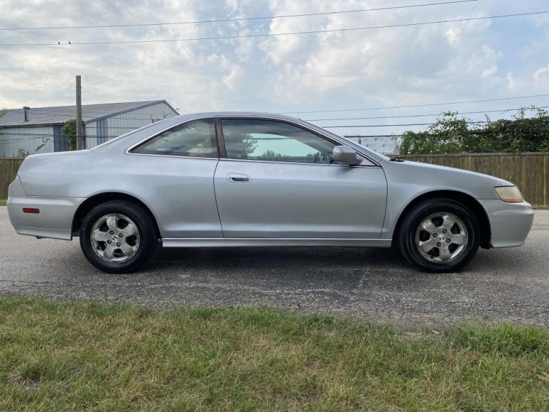 Honda Accord Cpe 2001 price $3,790