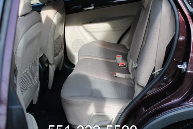 Kia Sorento 2014 price $11,200