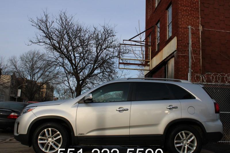 Kia Sorento 2014 price $9,200