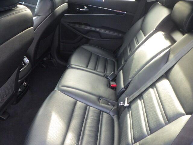 Kia Sorento 2016 price $14,500