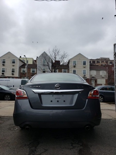 Nissan Altima 2015 price $10,200