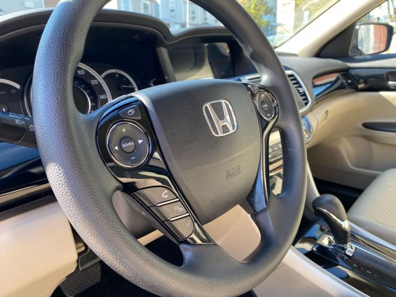 Honda Accord 2017 price $15,333