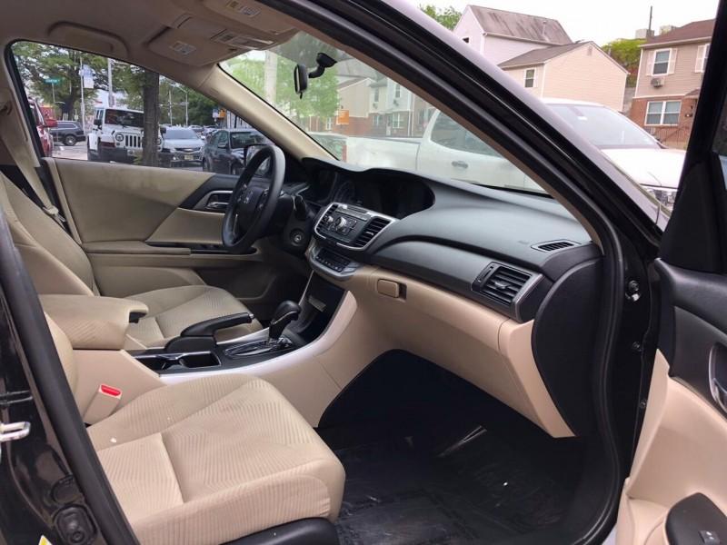 Honda Accord 2015 price $12,500