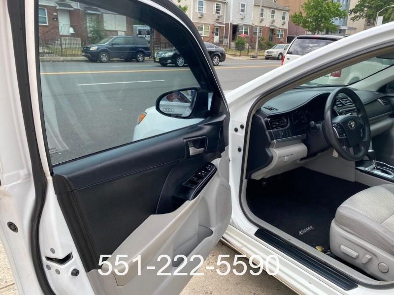 Toyota Camry 2014 price $10,800