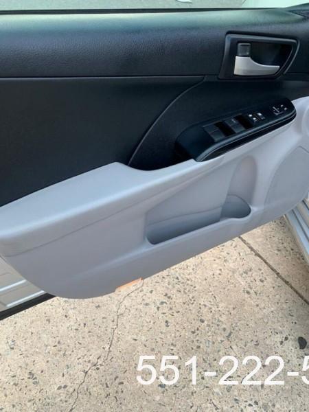 Toyota Camry 2014 price $14,000