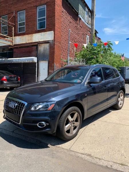 Audi Q5 2012 price $12,800
