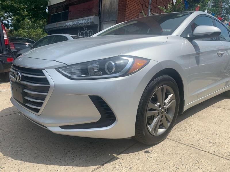Hyundai Elantra 2018 price $13,500