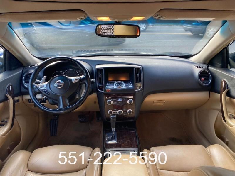 Nissan Maxima 2011 price $8,200