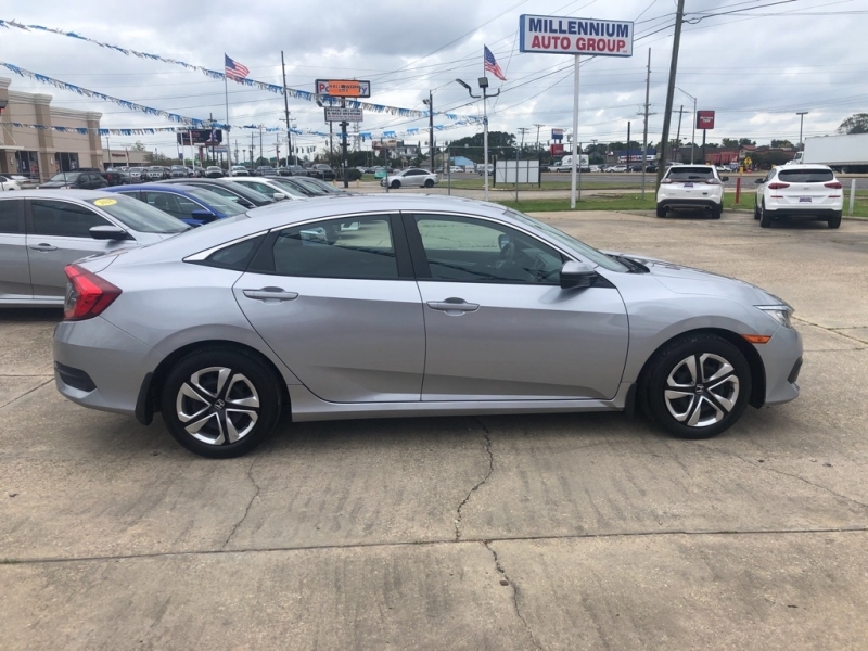 HONDA CIVIC 2018 price Call for Pricing.