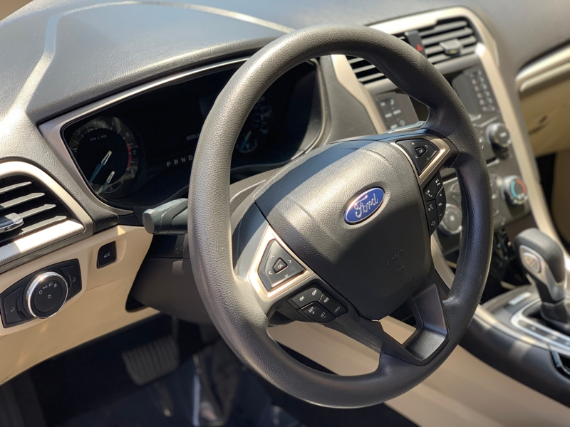 Ford Fusion 2015 price $10,499