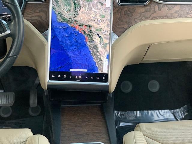 Tesla Model X 2016 price $58,999