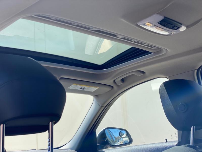 BMW 3-Series 2017 price $18,999