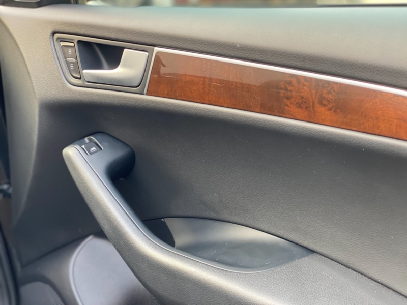 Audi Q5 2011 price $14,999
