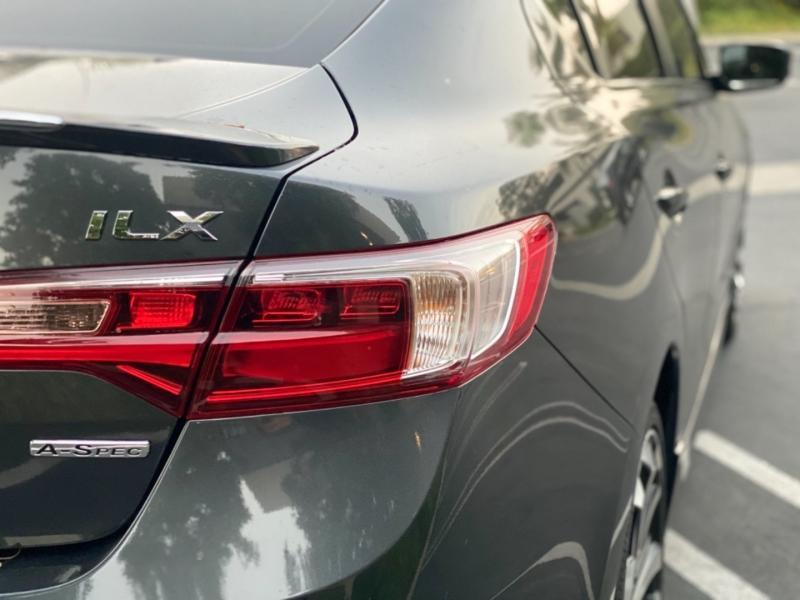 Acura ILX 2016 price $17,999
