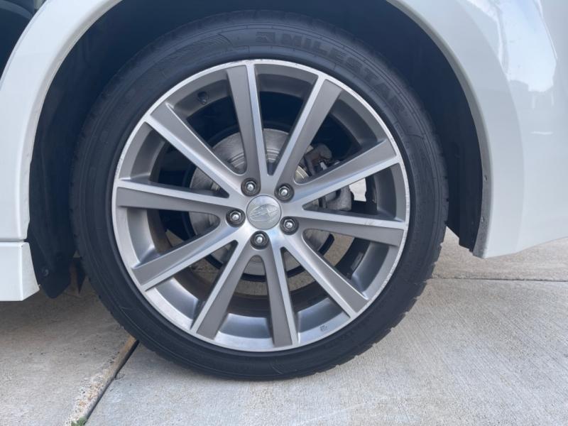 Subaru Legacy 2014 price $10,999