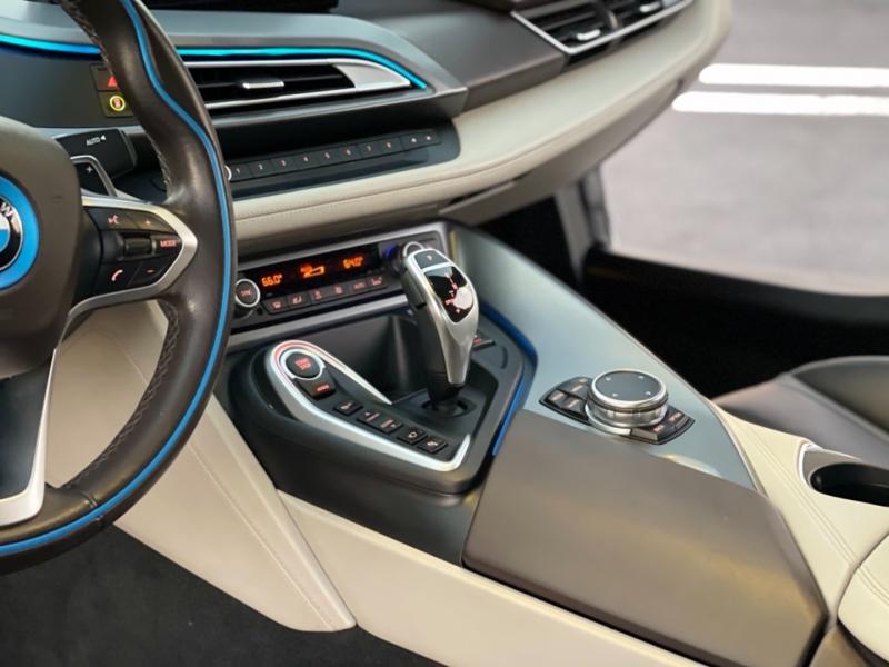 BMW i8 2016 price $73,999