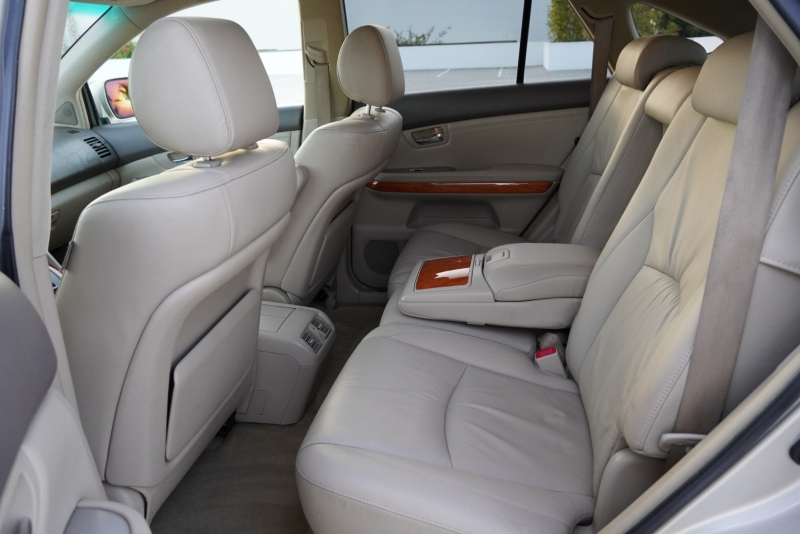 Lexus RX 330 2004 price $8,999