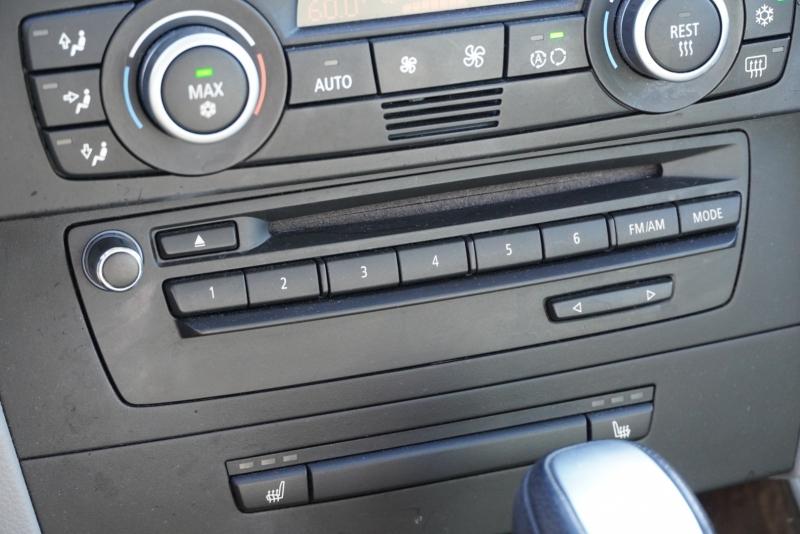 BMW 3-Series 2009 price $10,999