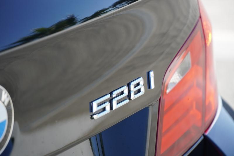 BMW 5-Series 2012 price $12,999