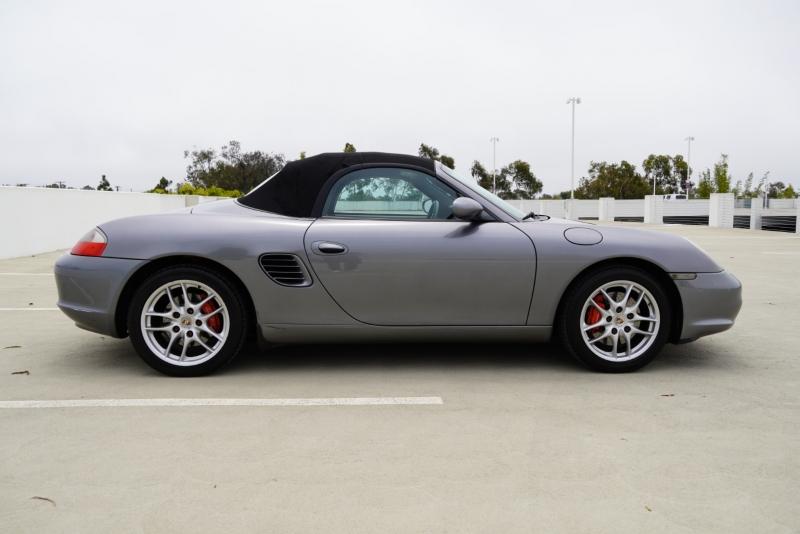 Porsche Boxster 2003 price $15,999