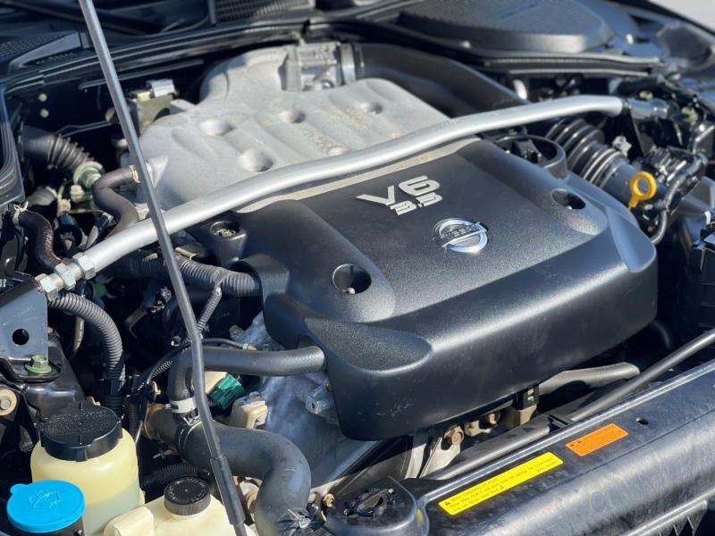 Nissan 350Z 2005 price $16,999