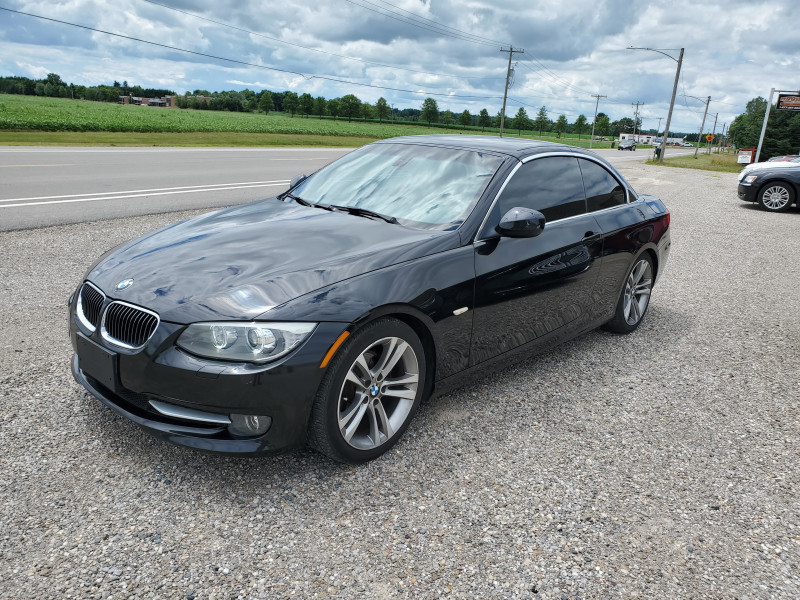 BMW 3 Series 2011 price $18,499