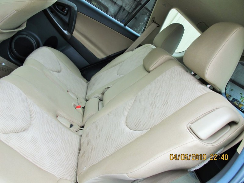 Toyota RAV4 2011 price $10,900