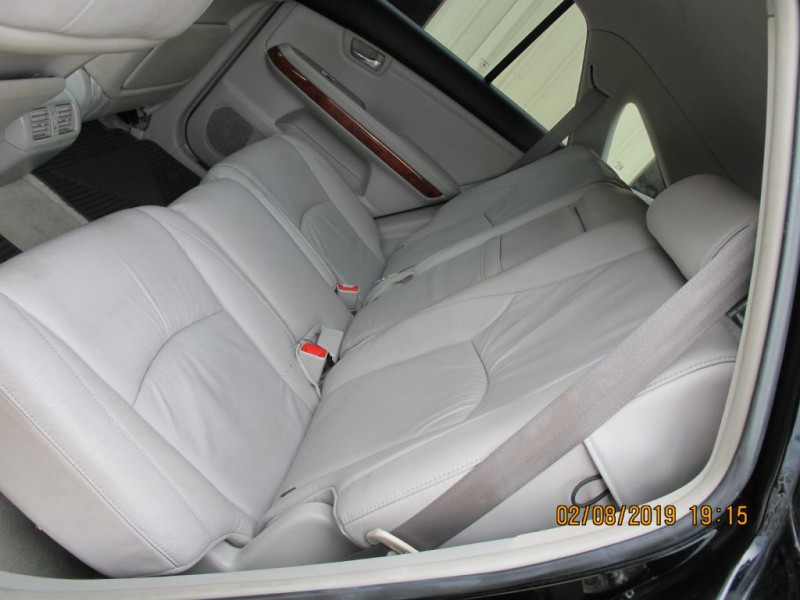 LEXUS RX 2004 price $6,450