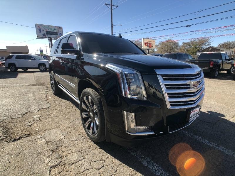 Cadillac Escalade 2016 price $37,995