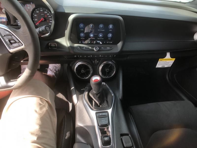 Chevrolet Camaro 2019 price $46,995