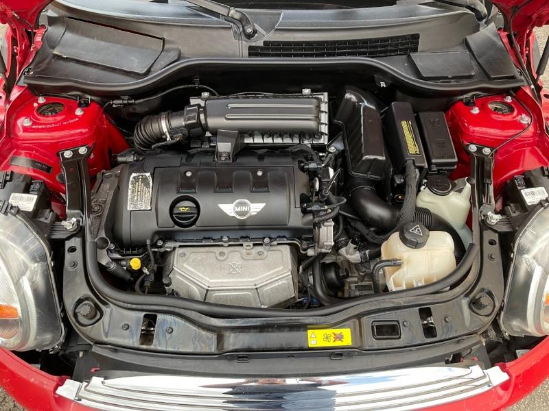 Mini Cooper Hardtop 2012 price $7,995