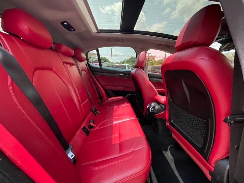 Alfa Romeo Stelvio 2018 price $34,995