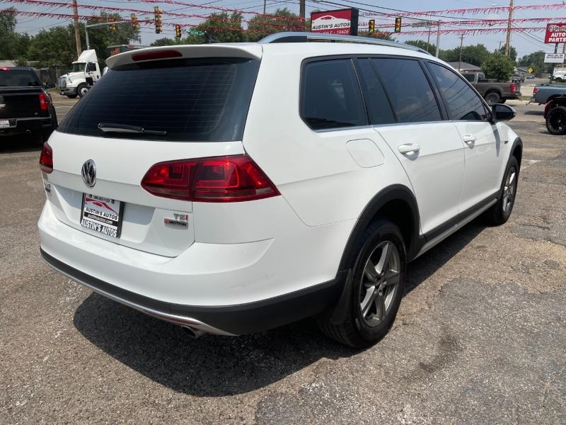 Volkswagen Golf Alltrack 2017 price $21,995