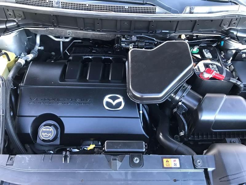 Mazda CX-9 2015 price $10,999
