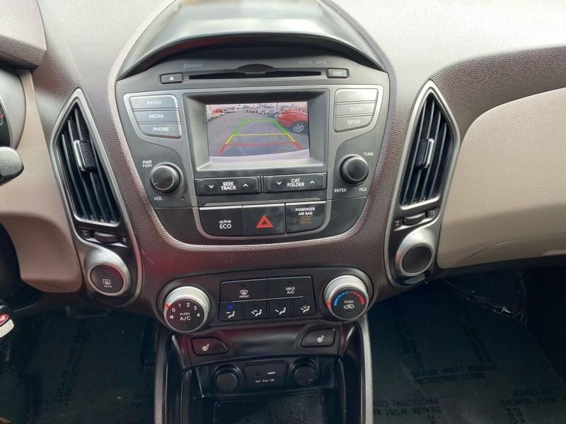 Hyundai Tucson 2015 price $11,999
