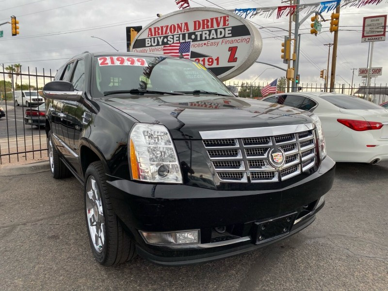 Cadillac Escalade 2010 price $21,999